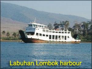 Labuhan-Lombok-harbour
